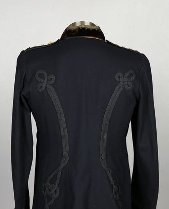 Rear view of Qld Police Inspector Dress Tunic