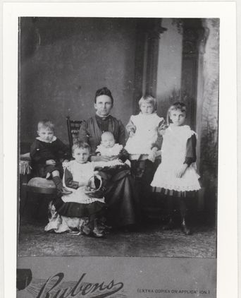 Hannah Adlam with five of her children about 1890.