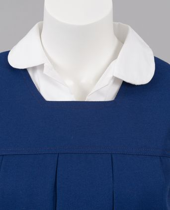 Tunic neckline detail and shirt collar