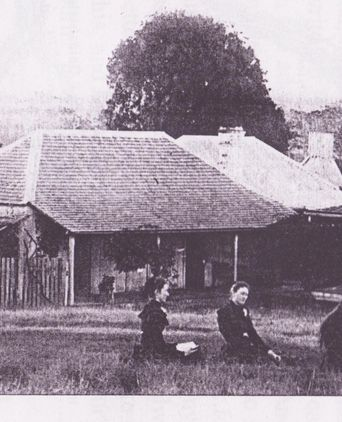 The Broomfield family at Lower Bow Hill in 1893. 
