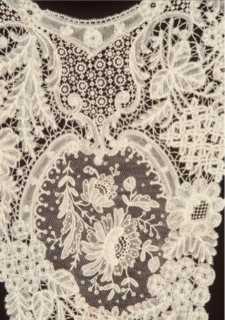 Dress front (detail), Brussels Duchesse lace. Powerhouse Museum collection, gift of Orwell Phillips, 1960. H6670-1